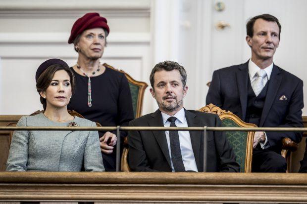 Joaquín de Dinamarca desmiente que se lleve mal con su hermano