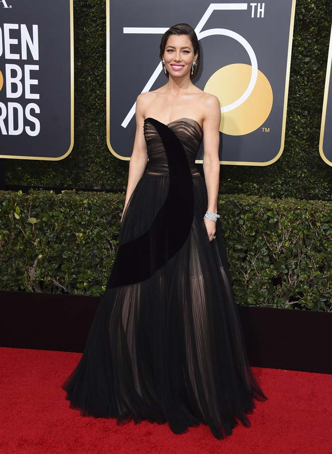 Jessica Biel on the red carpet of the Golden Globes 2018