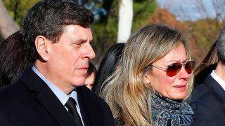 GALERÍA: La familia de Diana Quer, rota de dolor en su funeral / Gtres