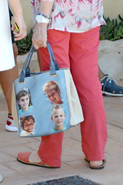 La reina Sofía marca tendencia: Beatriz de Holanda le copia el bolso