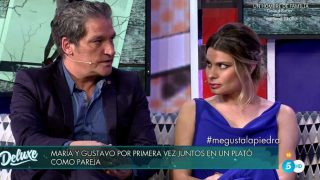Gustavo González y María Lapiedra durante la entrevista de 'Sábado Deluxe' /Mediaset