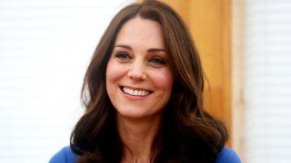 La Duquesa de Cambridge conquista con su estilo premamá / Gtres