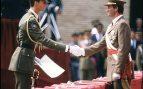 Don Felipe junto a su padre el rey Juan Carlos