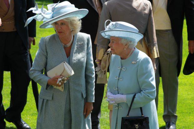 La reina Isabel y Camilla Parker