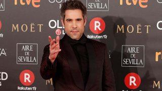 Unax Ugalde sobre la alfombra roja de los premios Goya 2018 / Gtres