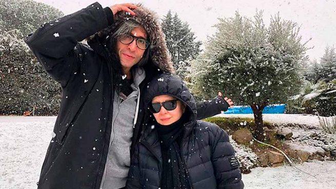 Alaska y Mario disfrutan de la nieve en Madrid