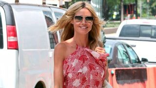 La modelo Heidi Klum con un diseño 'made in Spain'. / Gtres