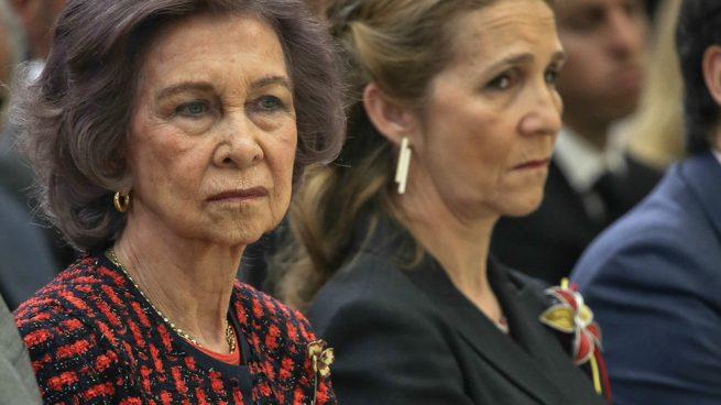 La reina Sofía y la infanta Elena