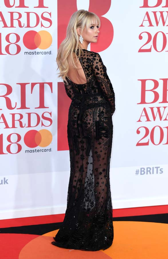 looks descuidos desastres premios brit