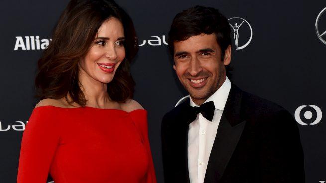 Mamen Sanz y Raúl González reaparecen sobre la alfombra roja