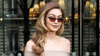 Gigi Hadid es una enamorada de los complementos de lujo / Gtres