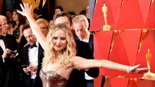 Jennifer Lawrence a su llegada a los Oscar./ Gtres