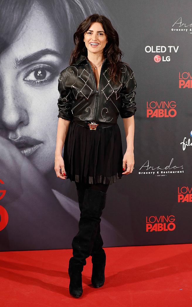 Penélope Cruz rejuvenece durante la promoción de 'Loving Pablo'