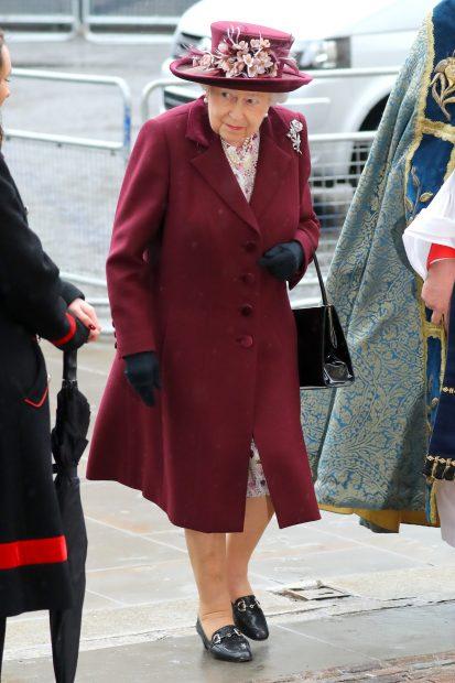 La Reina a su llegada a la Abadía / Gtres