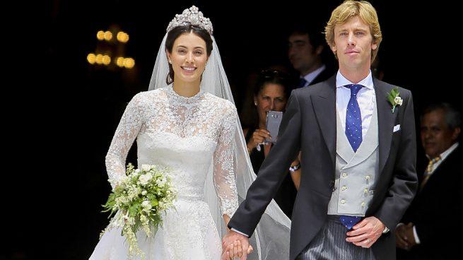 Con la tiara floral y en presencia del príncipe Ernesto: Así ha sido la boda de Sassa de Osma y Christian de Hannover