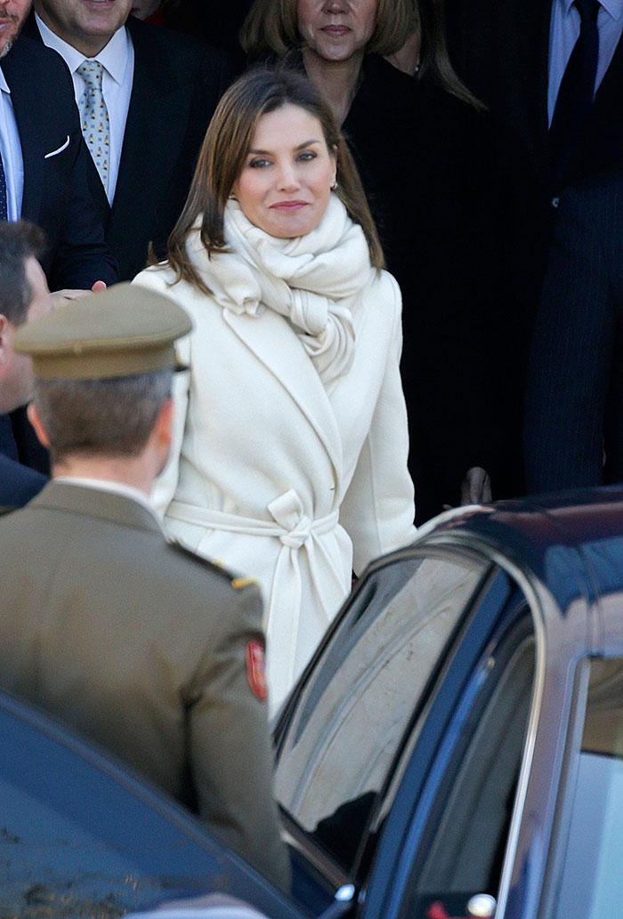 Letizia abrigo blanco
