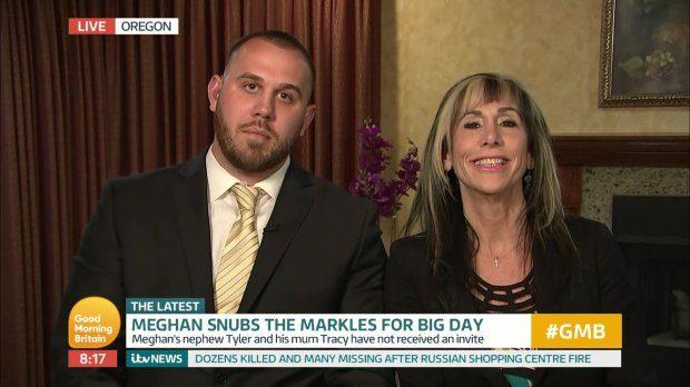 El primo y la tía de Meghan durante la entrevista