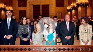 El enfrentamiento entre la reina Sofía y doña Letizia en la misa de Pascua se ha viralizado en redes / Gtres