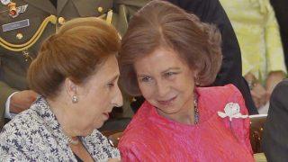 Las hermanas del rey se pronuncian tras el escándalo/ Gtres
