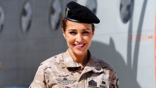 Paula Echevarría con look militar / Gtres