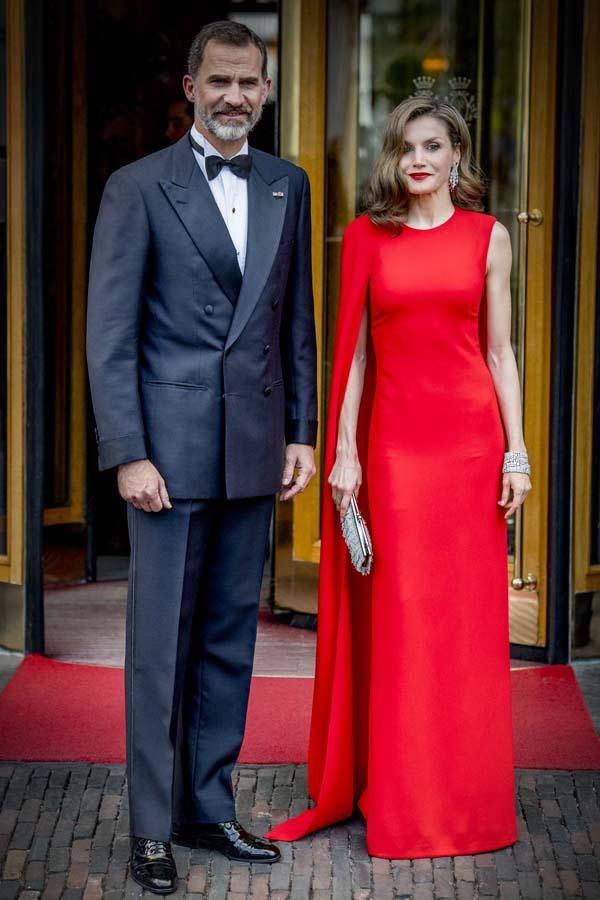 La Reina Letizia con un vestido de Stella MacCartney
