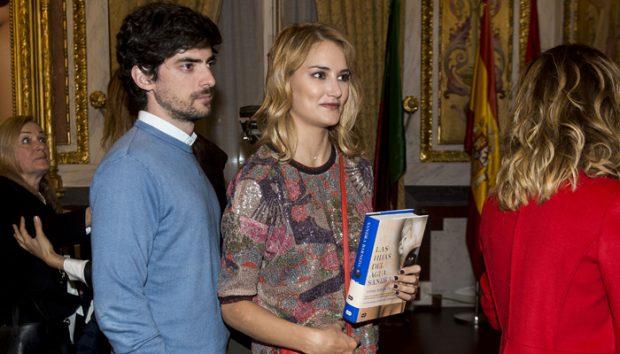 Alba Carrillo con su novio Davi Vallespín (Gtres)