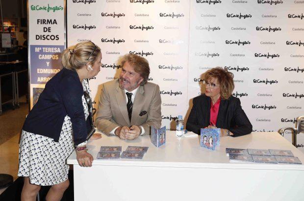 Edmundo Arrocet y la periodista María Teresa Campos