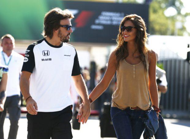 Fernando Alonso 'se cuela' en la última noche de soltero del príncipe Harry