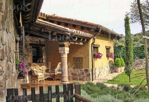 Casa Pablo Iglesias Irene Montero exterior