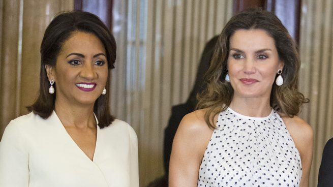 Letizia se viste de 'Pretty Woman' en Santo Domingo