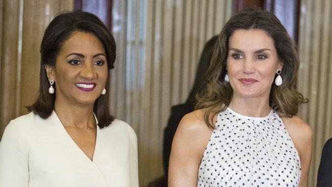 Letizia se viste de 'Pretty Woman' en Santo Domingo