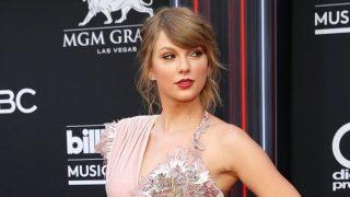 GALERÍA. Taylor Swift, salva la 'alfombra roja de los horrores' de los Billboard / Gtres