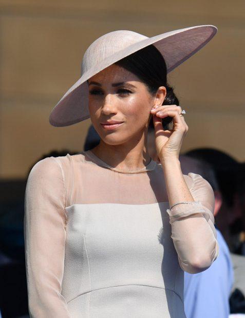 El guiño de Meghan Markle a una ausente Kate Middleton en su debut como duquesa