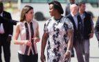 La Primera Dama de Haití le pide un 'favor' a la Reina