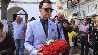 José Ortega Cano a su llegada al homenaje /Gtres