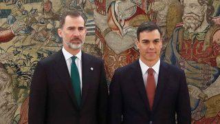 Pedro Sánchez y el rey Felipe VI en una imagen de archivo /Gtres