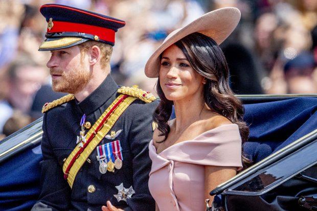 Tras los pasos de Lady Di: Meghan emula a su suegra en su primer viaje como 'royal'