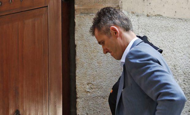 ÚLTIMA HORA | Iñaki Urdangarin entra en la cárcel de Brieva