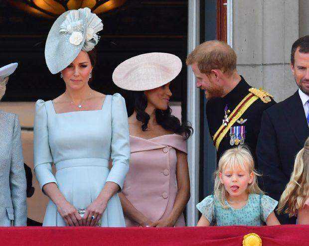 El secreto de una imagen: ¿Por qué Kate 'relegó' a Meghan a un segundo plano?