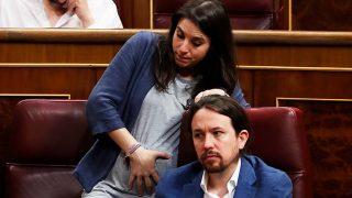 Pablo Iglesias e Irene Montero en la sesión de control al Gobierno del 20 de junio de 2018 / Gtres