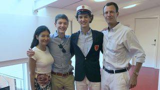 Nicolás de Dinamarca con sus padres y su hermano / Casa Real Danesa
