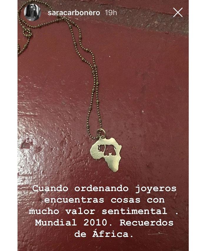 Sara Carbonero colgante
