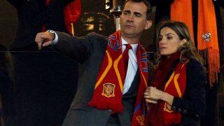 Don Felipe y Doña Letizia, animando a la Selección Española / Gtres