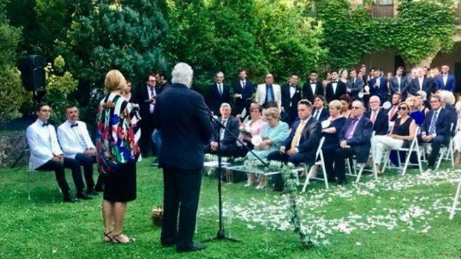 Todos los detalles de la emotiva boda de Santi Vila y Javier Luque