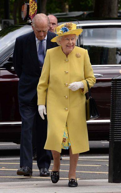 Isabel II Meghan Markle