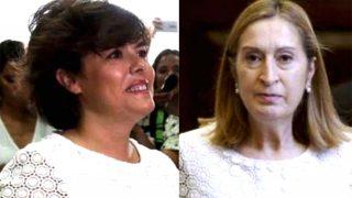 Soraya Sáenz de Santamaría y Ana Pastor coinciden en su vestuario/ Gtres