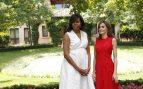 La Reina y Michelle Obama