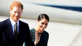 Meghan Markle y el príncipe Harry a su llegada a Dublín / Gtres
