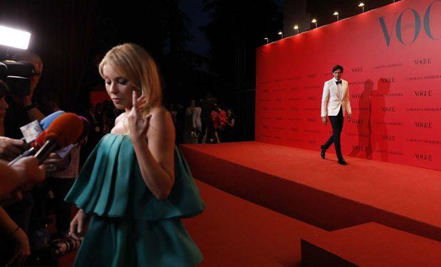 La noche más complicada de Andrés Velencoso: Coincide con sus tres ex en la misma fiesta