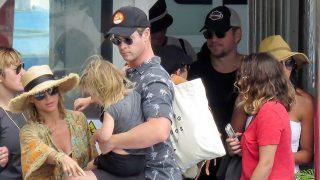 GALERÍA: Así disfrutan Elsa Pataky, Chris Hemsworth y Matt Damon con sus familias de San Sebastián / Gtres